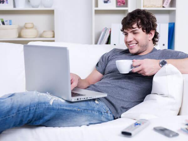 Utilizar o notebook no colo pode causar infertilidade masculina | Mater Prime